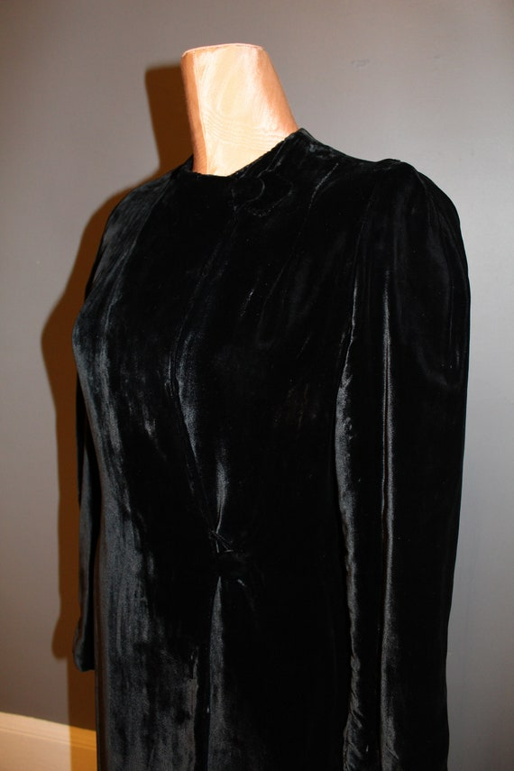 1930s Black Silk Velvet Maxi Coat - image 6