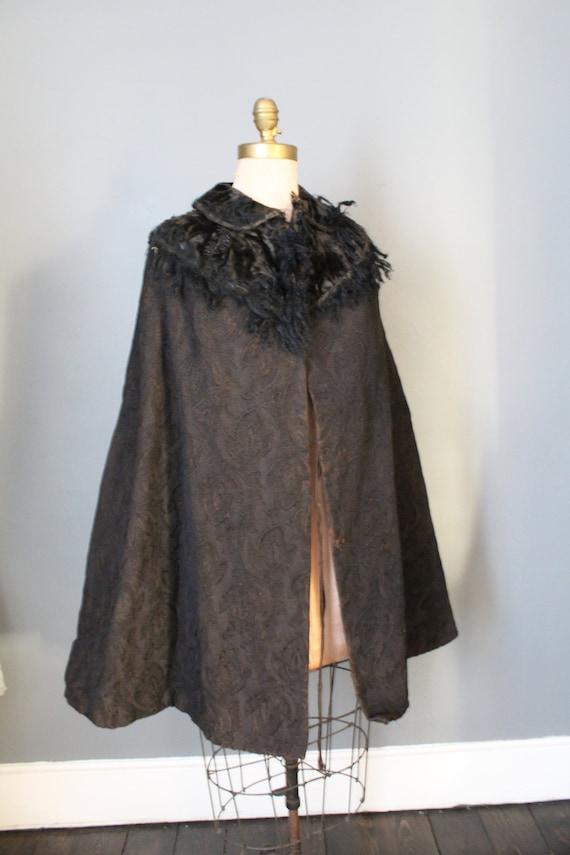 Victorian Distressed Gothic Ladies Cloak