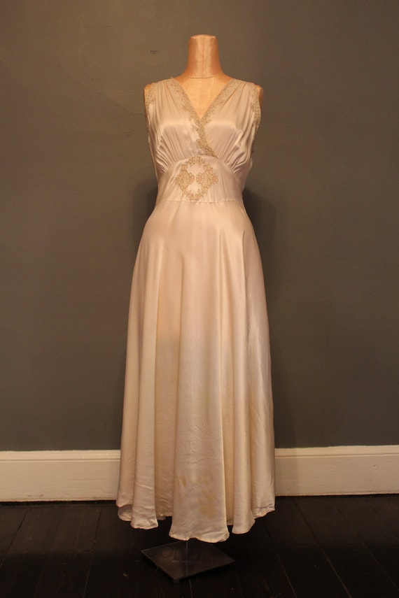 1930s Satin and Lace Nightgown