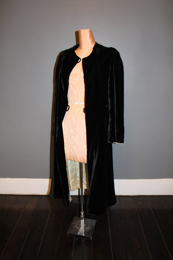 1930s Black Silk Velvet Maxi Coat - image 5
