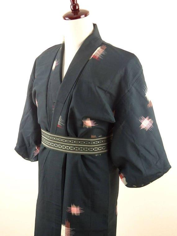 1920s-1930s Vintage Silk Japanese Kimono / Pink, R