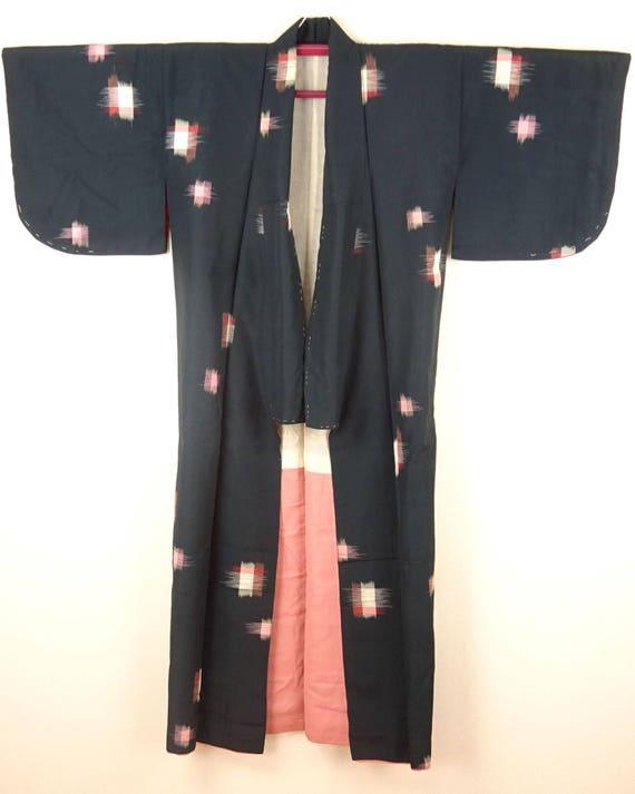 1920s-1930s Vintage Silk Japanese Kimono / Pink, … - image 2