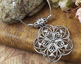 Tibetan Silver Floral Necklace
