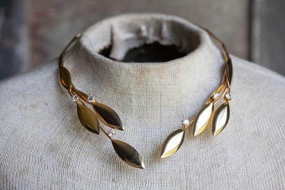 AMAZING Vintage Laurel Leaf Collar, Vintage Laurel