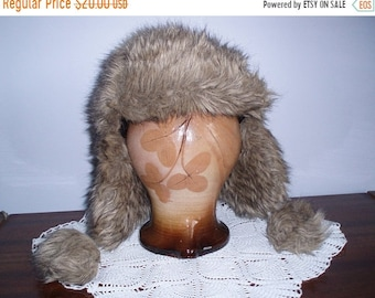 ON SALE Vintage Winter Hat/ Artificial Leather Hat / Hat for  Cold / Hat with a lining