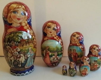Very cute matryoshka flowers (Kirov), Russian doll 7 pieces