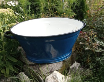 Enamelware wash basin, oval wash tub, large garden planter, rustic bathroom decor, retro laundry tub, laundry room decor, vintage