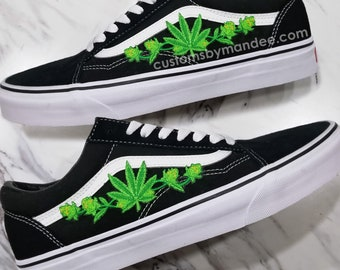 outlet store 85b87 23649 Weed Leaf Custom Embroidered-Patch Vans Old-Skool Sneakers
