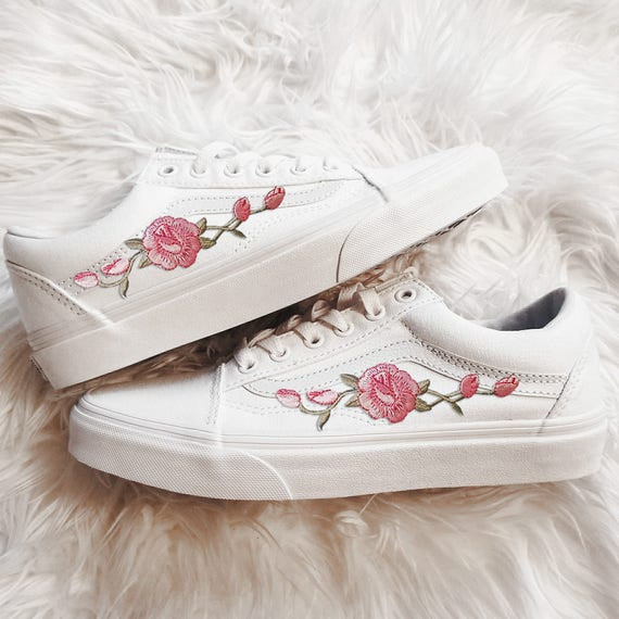 8d0d0411a2 Rose Buds Pink Wht Unisex Custom Rose Embroidered-Patch Vans