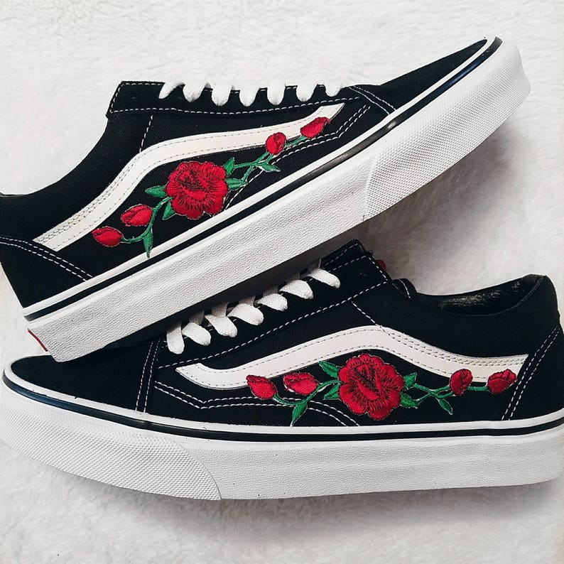 8d069feff9f Rose Buds Red Blk Unisex Custom Rose Embroidered-Patch Vans