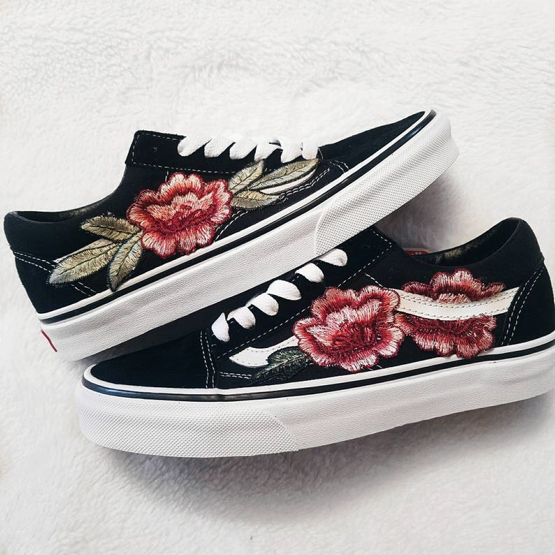 93be32b0a40aad LOW TOP Unisex Custom Rose Floral Embroidered Patch Vans