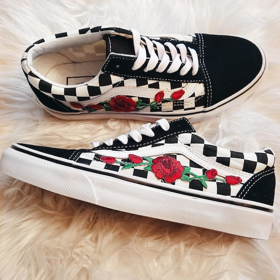 9bbf0f3cc3bc8 Checkered RoseBuds Custom Rose Embroidered-Patch Vans Old-Skool Sneakers