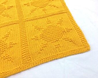 f6eb483c4 Yellow blanket