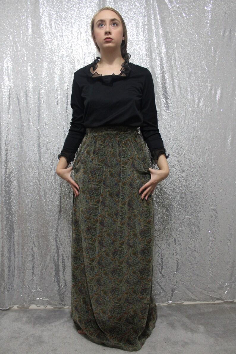 60s  70s vintage paisley real velvet long maxi skirt in earthtones size small medium