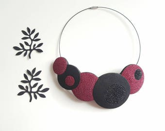 Merlot and black necklace, beautiful and romantic necklace, gift for her,fimo necklace,bib necklace,statement necklace,polymer clay necklace