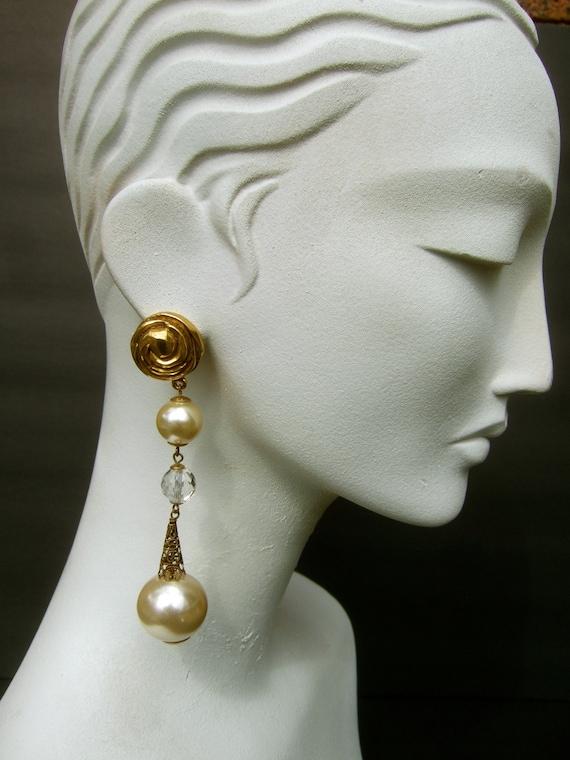 Elegant Dramatic French Dangle Statement Pearl Ear