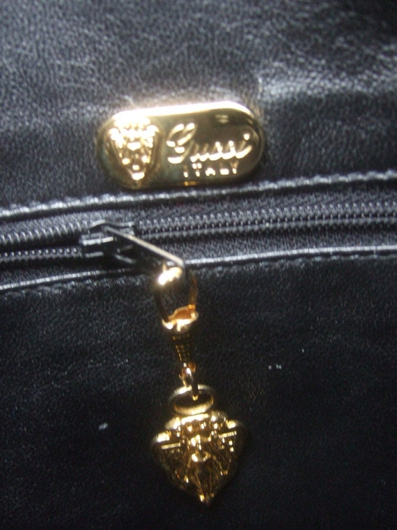 GUCCI Italian Ebony Leather Shoulder Bag c 1970s - image 10