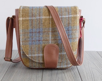 fdd9402fc5b7 Handmade Harris Tweed bags and accessories by SewCanSue on Etsy