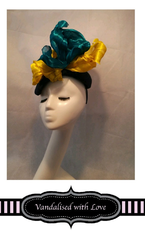 909441306a5 Funky Fascinator for Ascot Races for wedding Turquoise