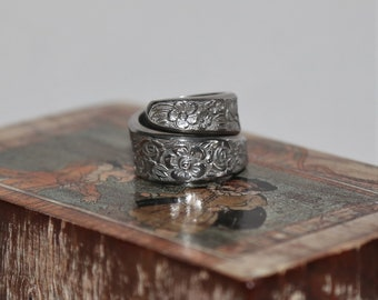 Spoon Ring. Handcrafted Genuine Vintage Upcycled Stainless Steel Spoon Ring 'floral'.