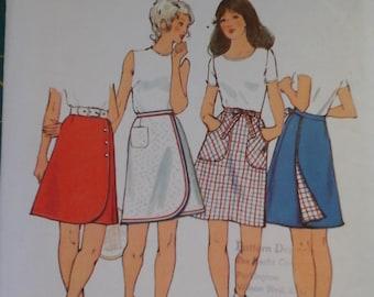 1970s Simplicity 9976 Mini Wrap Skirts vintage pattern, size 12