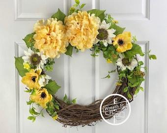 Yellow Wreath, Summer Wreath, Front Door Wreath, Wreath Street Floral, Grapevine Wreath, Mixed Flower Wreath, Everyday Wreath