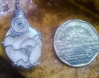 Gomtri Chakra Pendant