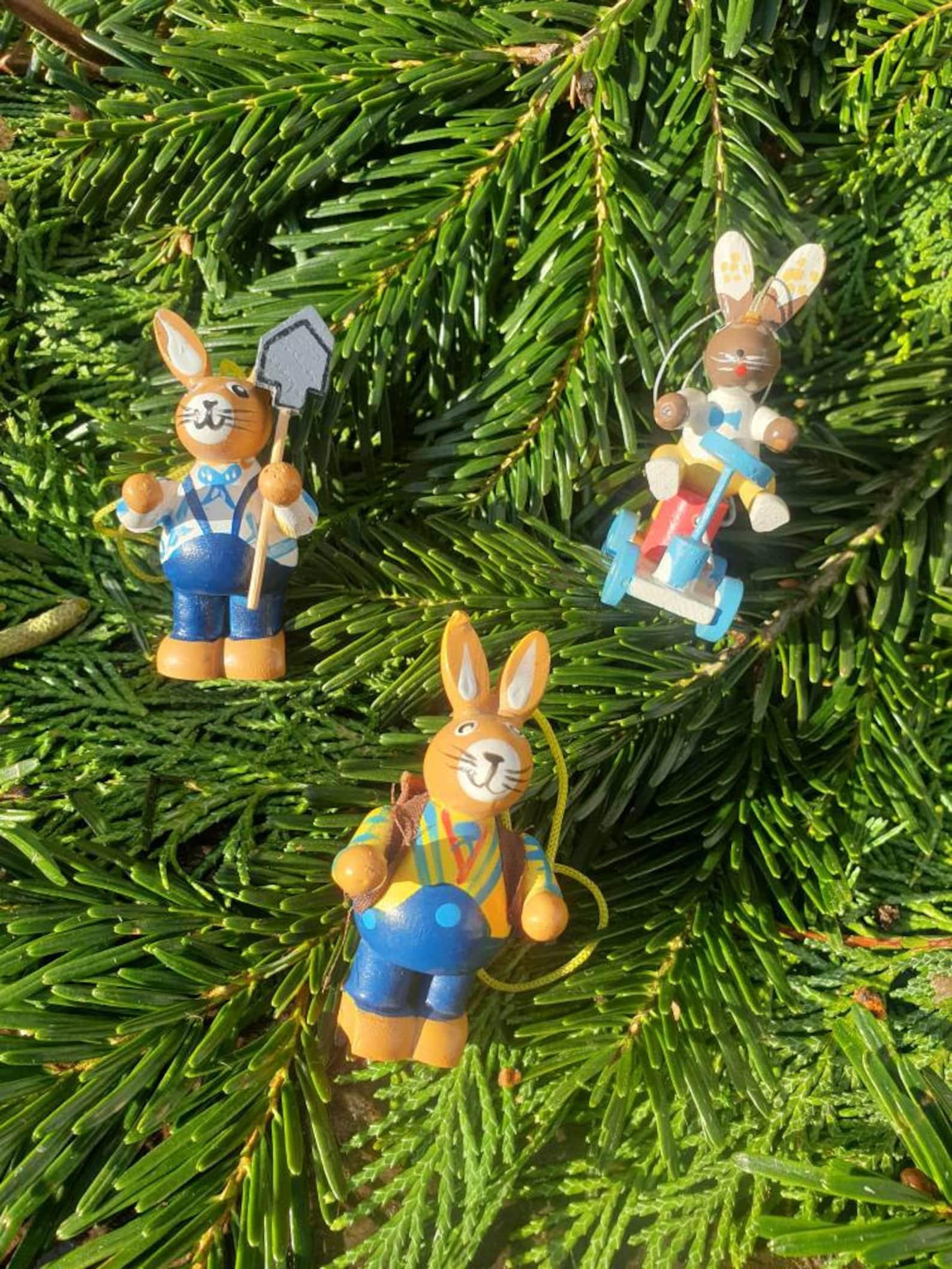Busy Bunnies Erzgebirge Folk Art Vintage German Handmade Wooden Rabbit Easter Decor