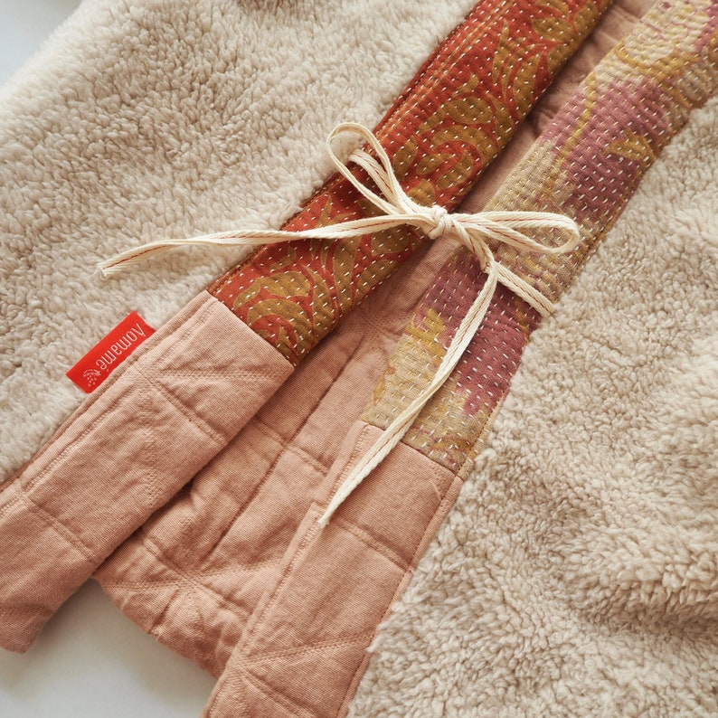 Haori coat for kids SAKURA with the coller of Kantha quilt