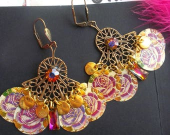 vintage chandelier earrings and its flowers and gold sequins