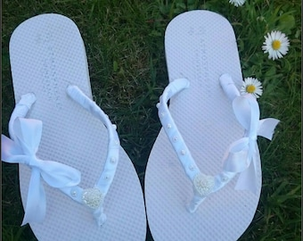 1b1a5a784 Customised Flip flops  Wedding flip flops  Hen Do flip flops  Bridal flip  flops  ribbon flip flops