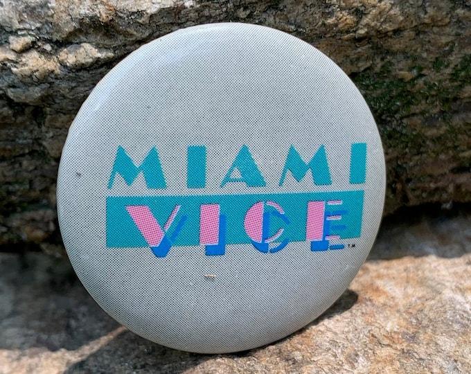 Vintage 1984 Miami Vice Pin Badge Pinback Pins Don Johnson Drugs Television TV Smuggler's Blues Glenn Frey Hill Street Blues Nash Bridges