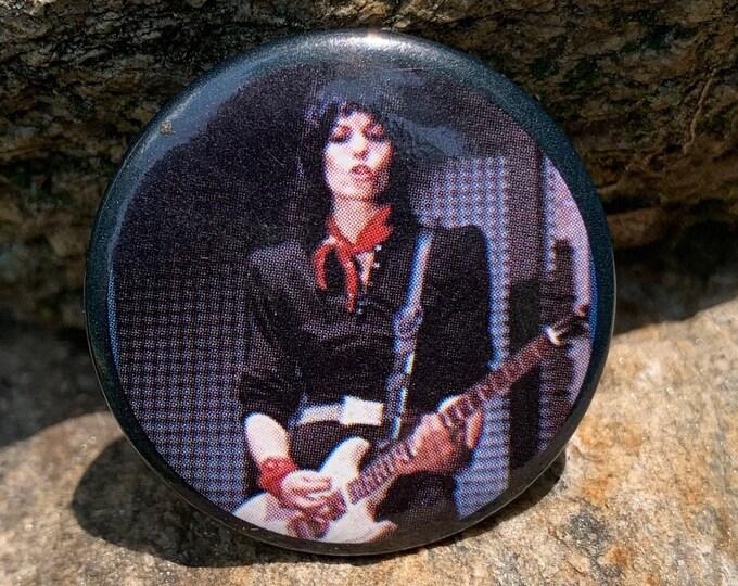 Vintage Joan Jett VH1 Duran Duran Pin Badge Pinback Runaways Bikini Kill Cherie Currie Lita Ford Riot Grrrl L7 Inxs Billy Idol Suzi Quatro