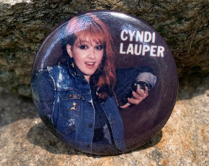 Vintage Cyndi Lauper Pin Badge Pinback Pins Culture Club Goonies Tears for Fears Duran Duran Joni Mitchell Bangles Gogos Peewee Herman MTV
