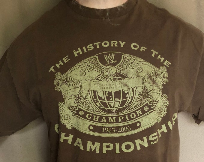 WWE Championship Belt Wrestling shirt (XL) Monday Night Raw Smackdown Hulk hogan NXT John Cena Ultimate Warrior Mick Foley Andre the Giant