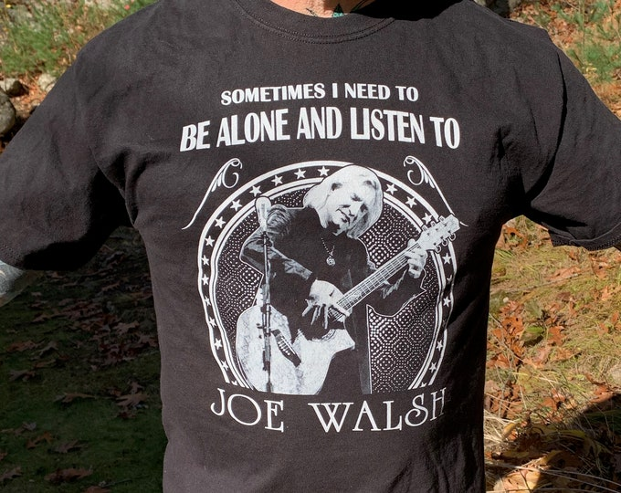 Joe Walsh Band Shirt (L) The James Gang Warren Zevon Steely Dan Doobie Brothers The Eagles Marshall Tucker Band Ted Nugent Lynyrd Skynyrd
