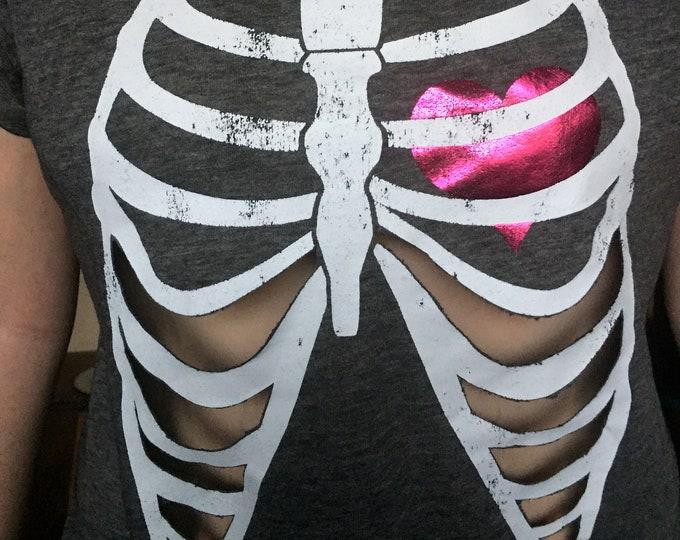 Customized Heart Ribcage fashion gothgirl shirt (Ladies XL) Cute Goth Gothic Creepy Sexy Love Skeleton Love punk punkrock metal metalhead