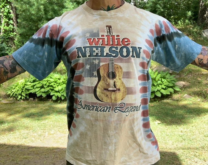 Willie Nelson Band Shirt (L) Country Music CMA Nashville Memphis Bandtee Marijuana Outlaw Merle Haggard Waylon Jennings Johnny Cash Weed