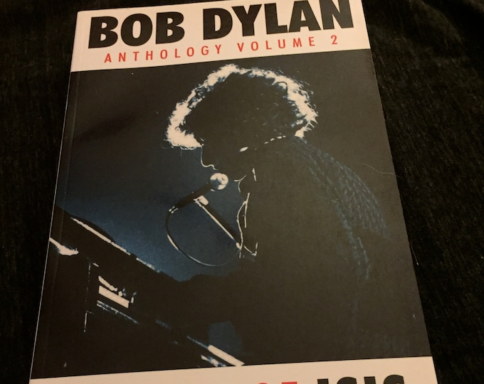 Bob Dylan softcover Book - 2005 - 20 Years of Isis - Anthology  Vol. 2 Folk Music Poet Poetry highway 61 joan baez woodstock hippies folk