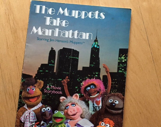 The Muppets Take Manhattan Softcover Book - 1984 -  Jim Henson Frank Oz Miss Piggy Kermit the Frog Puppets TV Television Movies