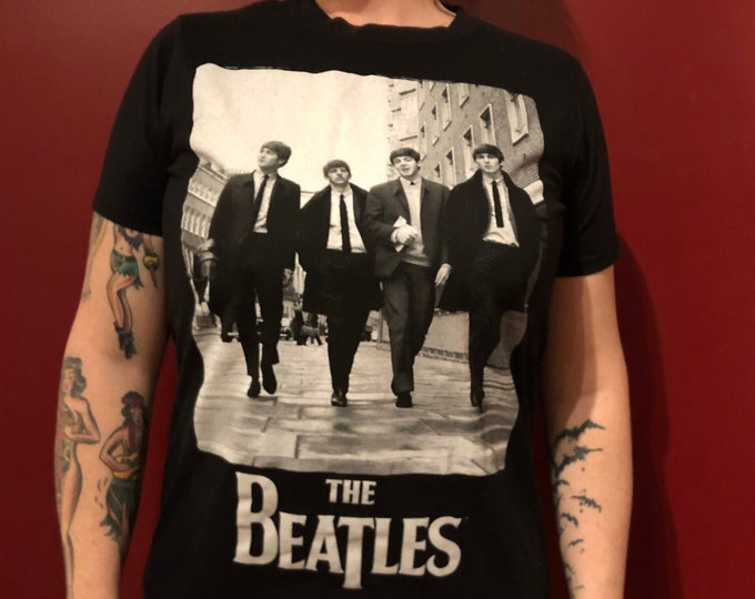 BEATLES Hard Days Night  band shirt  M) John Lennon Paul McCartney Revolver Ringo Starr George Harrison Fab4 Glass Onion A Day in the Life