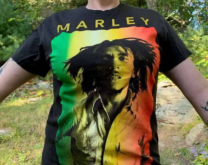 Jamaican Legend Bob Marley (M) Band Shirt Reggae Rasta Jamaica Wailers Ganja Rastafari Lion of Judah Zion One Love Wailers Marijuana Dreads