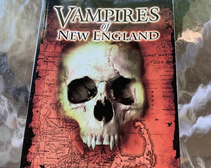 Vampires Of New England Mercy Brown Dracula Softcover Book 2008 Elisabeth Bathory Vampire Transylvania Gothic Bram Stoker Horror History