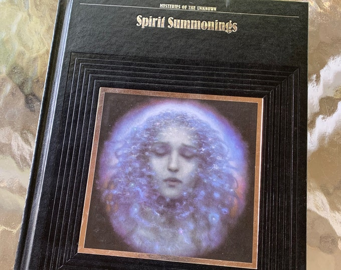 Vintage 1989 Spirit Summonings Hoftcover Book Tarot Cards Palm Reading Palm Reader Crystal Healing Clarvoyant Witchy Crystal Ball Palmistry