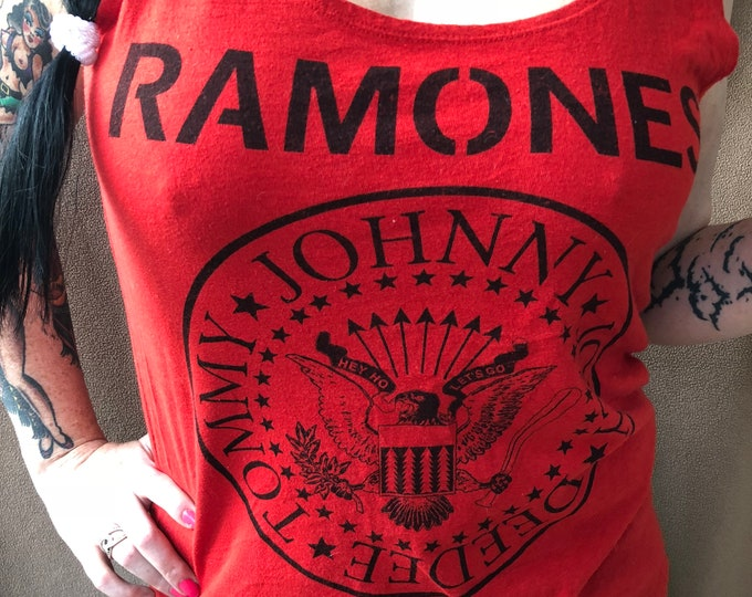 Ramones Band shirt Ladies Med CBGB PUNK hey ho lets go Joey Ramone Deedee Ramone punks nyc Cretin Hop Rocket to Russia Road to Ruin commando