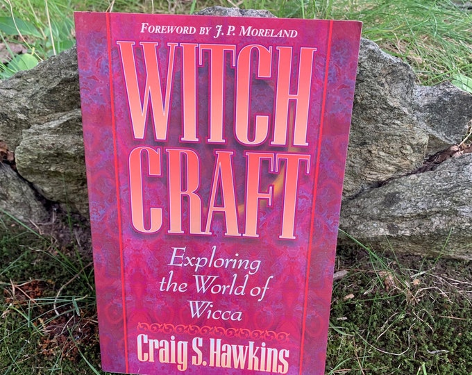 The World of Wicca Softcover Book Wiccan Witch Witchcraft Coven Salem Psychic Pagan Hex Pentacle Magic Magik Coven Goddess Spiritual Wizards