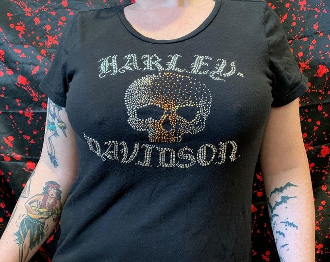 Womens Harley Davidson Sexy Motorcycle Tshirt (Ladies M) Biker Bikers Live Free Ride Free Softail Sportster Las Vegas Motorcycles Silver