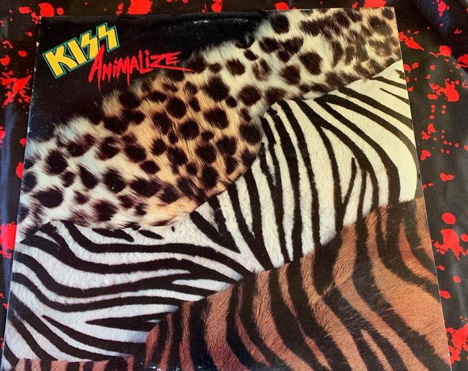 Vintage 1984 Animalize 33 rpm VINYL Album Gene Simmons Mark St John Paul Stanley Eric Carr MTV Guns n Roses GNR Wasp Heavy Metal Glam 80s