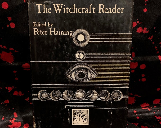 Vintage 1970 The Witchcraft Reader Hardcover Book Witches Witch Occult Tarot Ouija Wicca Wiccan Coven Samhain Goth Gothic Halloween Horror