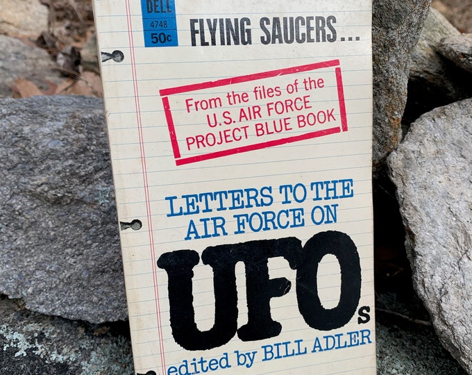 Vintage 1967 Paperback Book Ancient Aliens Martians UFO Flying Saucer Sci Fi Science Fiction Education Stars Moon Project Blue Book Roswell